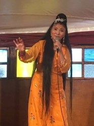 Yungchen Lhamo – Photo by Gloria Waslyn